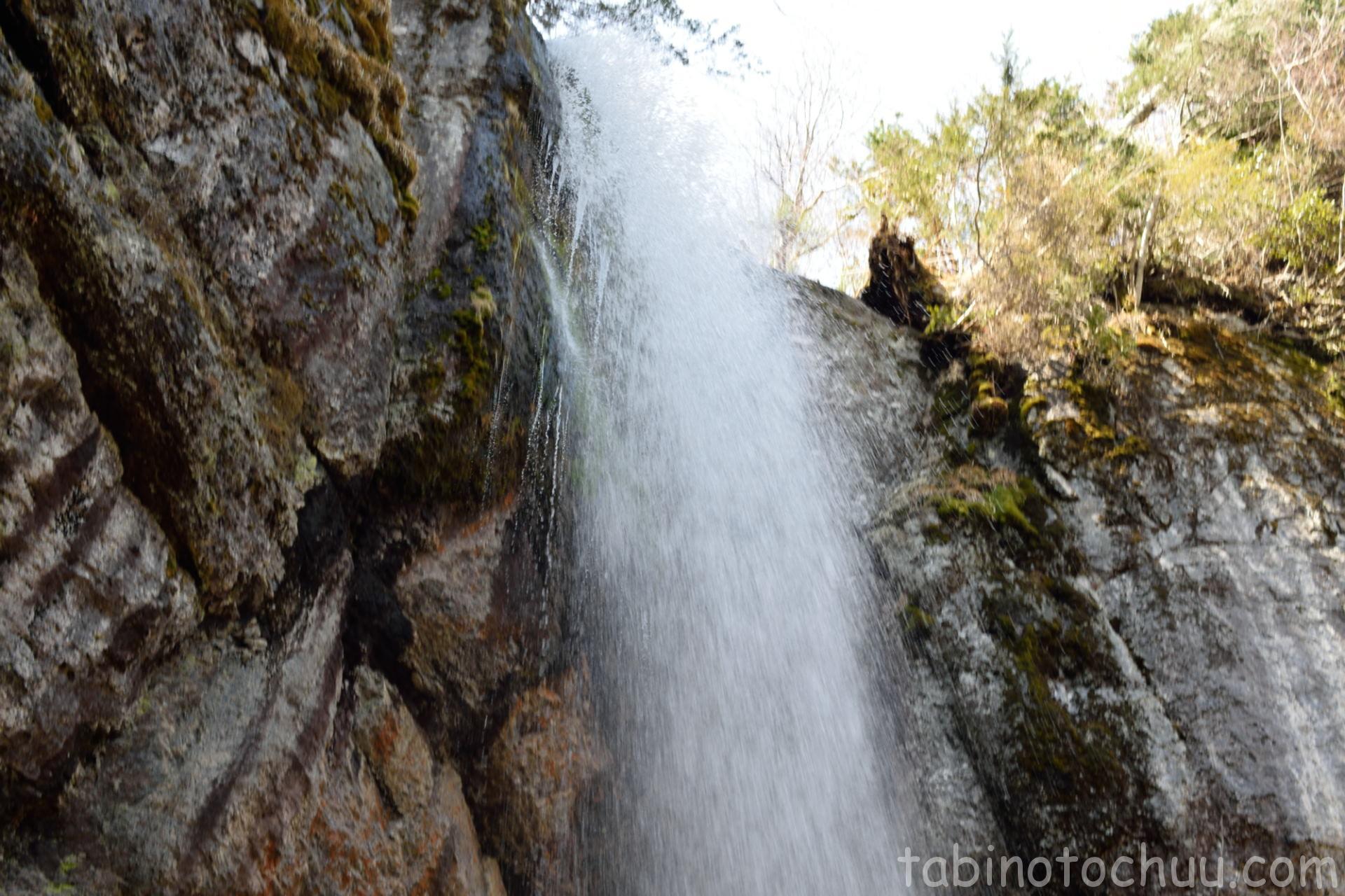 山彦の滝 アップ