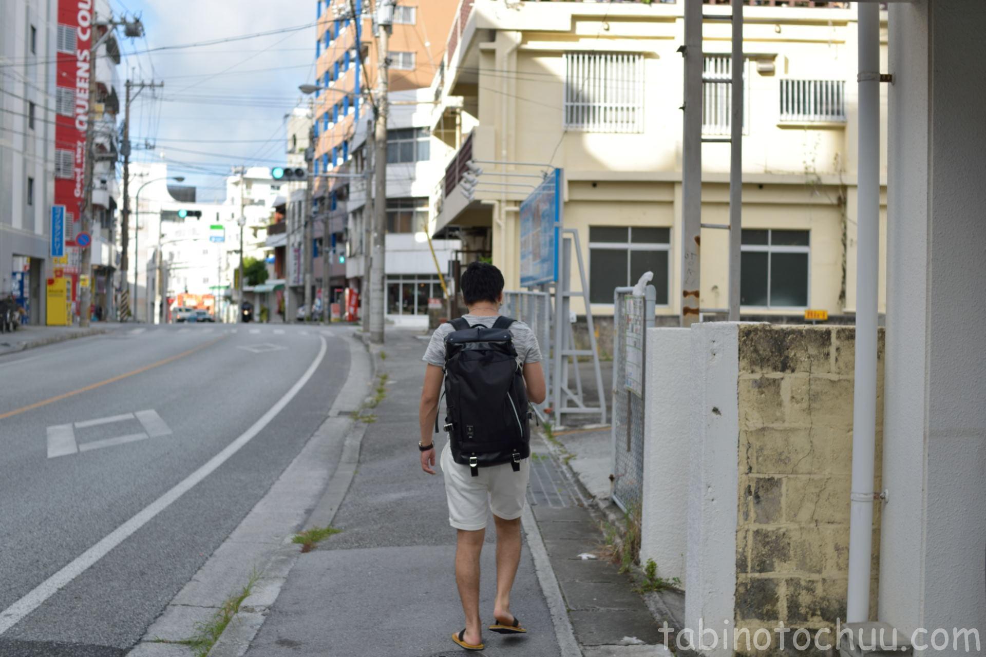 Mr.Kinjo in Uenokuraより徒歩でレンタカー店へ